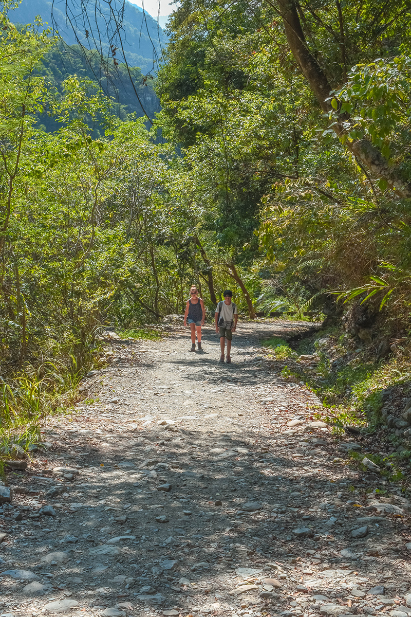 Hike path with kids in Taroko Gorge National Park